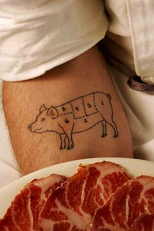 Pig tattoo on arm of John Stewart, 2005 Photo: Craig Lee, The Chronicle