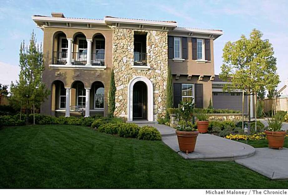 A large home with columns and arches. Photo: Michael Maloney, The Chronicle