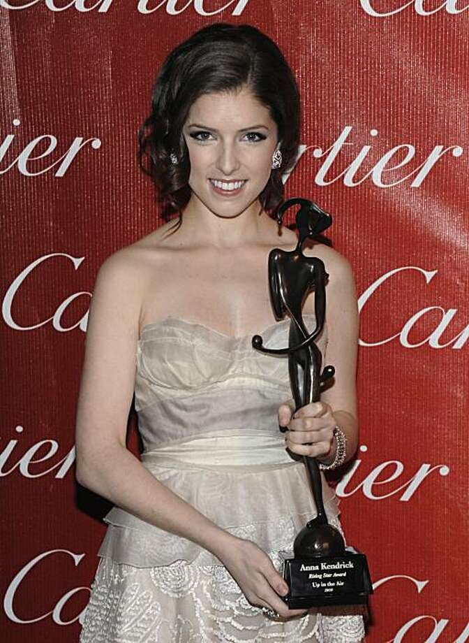 Actress Anna Kendrick poses backstage after receiving the rising star award at the Palm Springs Film Festival Awards Gala in Palm Springs, Calif. on Tuesday, Jan. 5, 2010. Photo: Dan Steinberg, AP