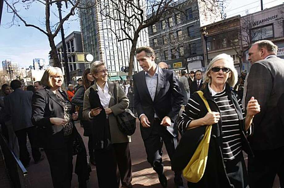 Mayor Gavin Newsom arrives at Show Dogs to announce the Central Market Partnership to revitalize the Central Market neighborhood during a press conference at Show Dogs in San Francisco, Calif. on Thursday, January 14, 2010. Photo: Lea Suzuki, The Chronicle