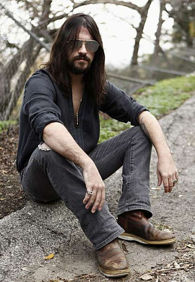 In this Dec. 17, 2009 file photo, musician Shooter Jennings poses for a portrait in Los Angeles. (AP Photo/Matt Sayles, file) Photo: Matt Sayles, AP