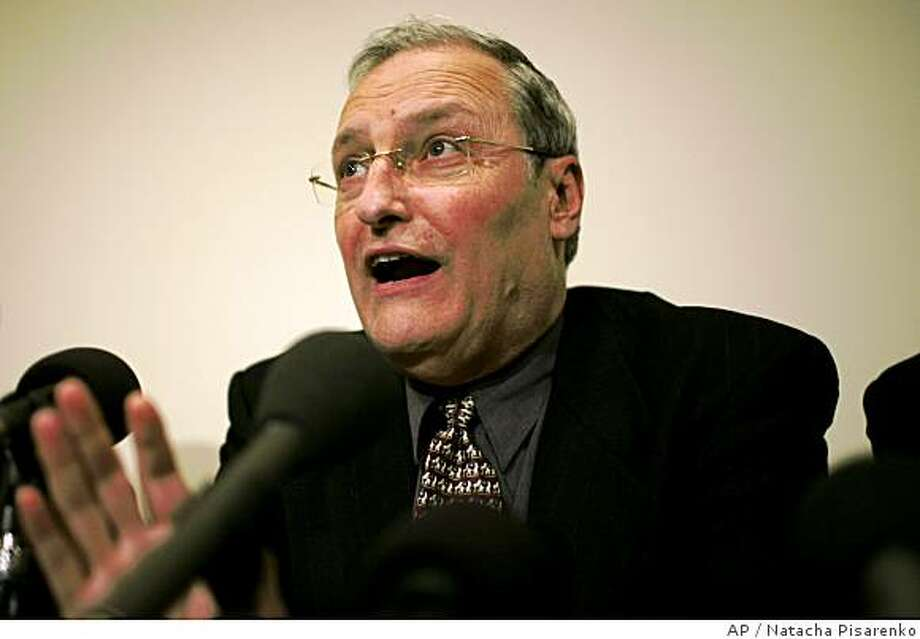 "imon Wiesenthal Center Director Efraim Zuroff gestures during a press conference in Buenos Aires, Thursday July 17, 2008. Zuroff said he's made progress in finding 94-year-old ""Doctor Death,"" a former concentration camp physician accused of torturing Jewish prisoners as they died and who may have been living for decades in Argentina or Chile. (AP Photo/Natacha Pisarenko) Photo: Natacha Pisarenko, AP"
