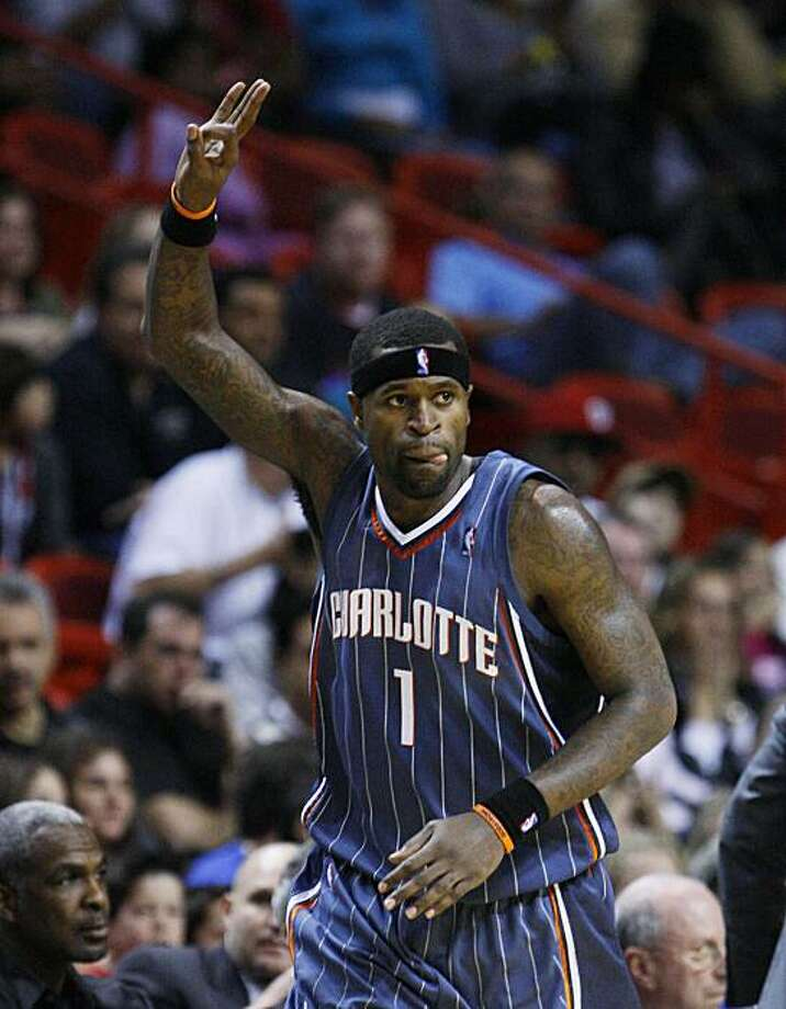 Charlotte Bobcats guard Stephen Jackson celebrates a three-point shot during the fourth quarter of an NBA basketball game against the Miami Heat, Saturday, Jan. 2, 2010, in Miami. The Bobcats defeated the Heat 107-97. (AP Photo/Wilfredo Lee) Photo: Wilfredo Lee, AP