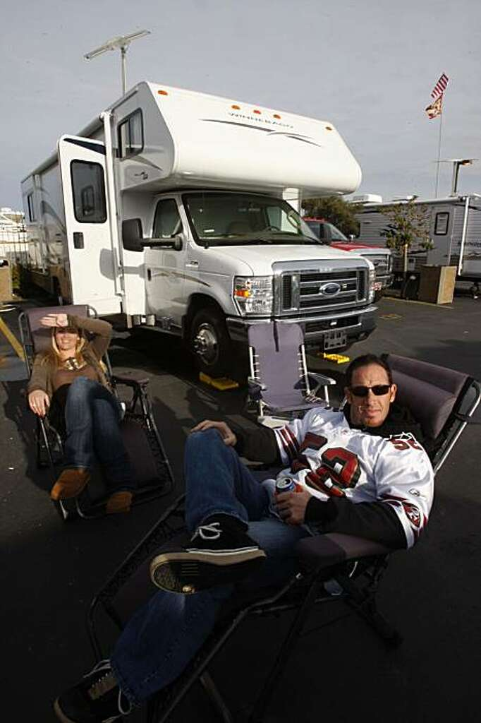 Teagan Lee And Jeff From Folsom Relax By Their RV On Monday December 14 Candlestick Park Is The Only Mobile Home