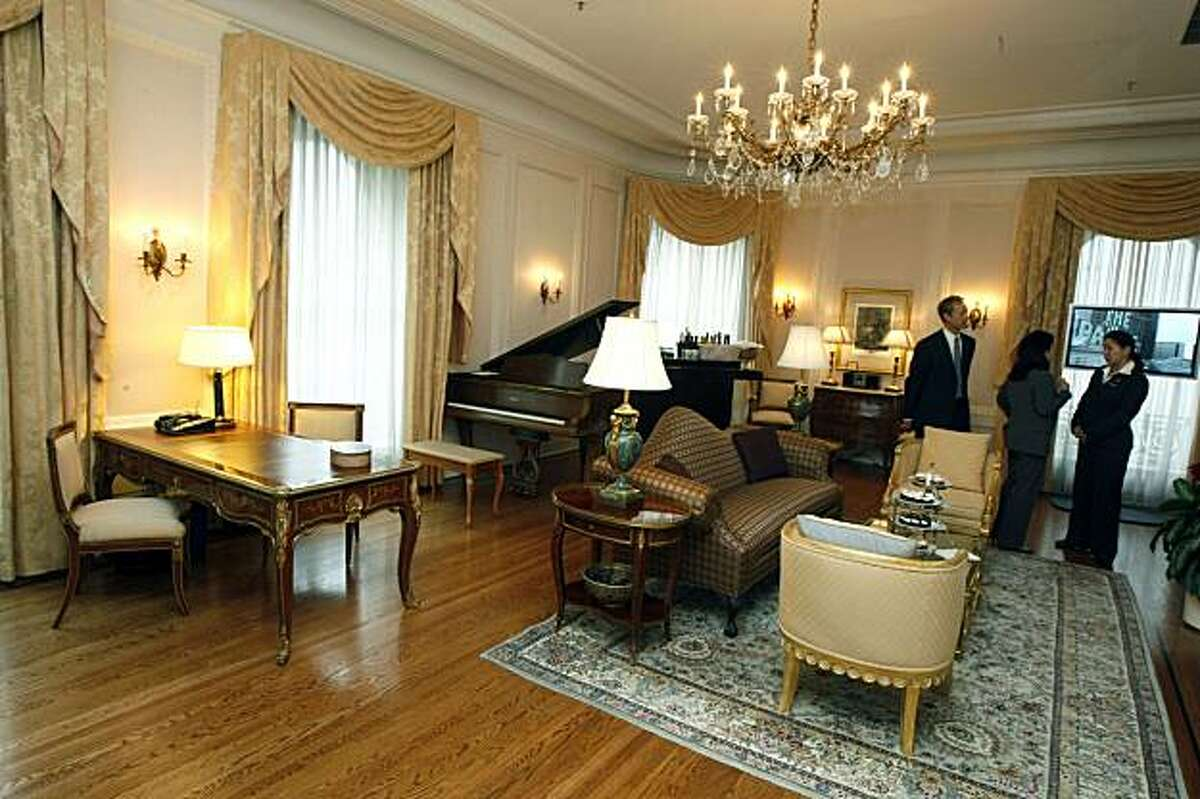 The Presidential suite at the Palace Hotel has entertained dozens of celebrities over the years. Whoever retrieves the gold key that's attached to a balloon wins a three-night stay in the suite celebrating the hotel's 100th anniversary. Tuesday Dec 15, 2009