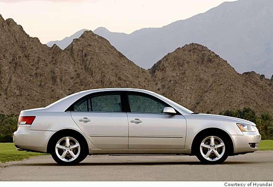 2009 Hyundai Sonata Limited Photo: Courtesy Of Hyundai