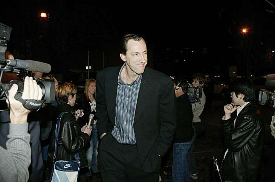 PORTLAND - NOVEMBER 18:  Former Portland Trail Blazer Chris Dudley hosts a Poker Chariity Event  on November 18, 2004 in Portland, Oregon.   NOTE TO USER: User expressly acknowledges and agrees that, by downloading and/or using this Photograph, user is consenting to the terms and conditions of the Getty Images License Agreement. Mandatory Copyright Notice: Copyright 2004 NBAE (Photo by Sam Forencich/NBAE via Getty Images) Photo: Sam Forencich, NBAE/Getty Images