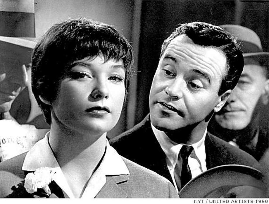 """Shirley MacLaine and Jack Lemmon in """"The Apartment"""" Photo: UNITED ARTISTS 1960, NYT"""