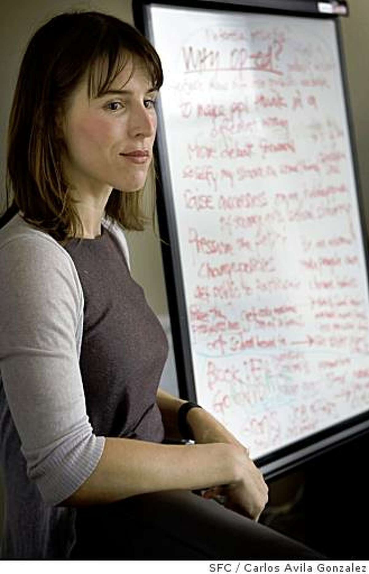 Journalist and author Catherine Orenstein, who started an organization called the Op-Ed project, conducts a bi-monthly seminar that teaches women how to write for Op-Ed pages. Here, she speaks to a group of 6 women in San Francisco, Calif., on Sunday, June 15, 2008.Photo by Carlos Avila Gonzalez / The Chronicle