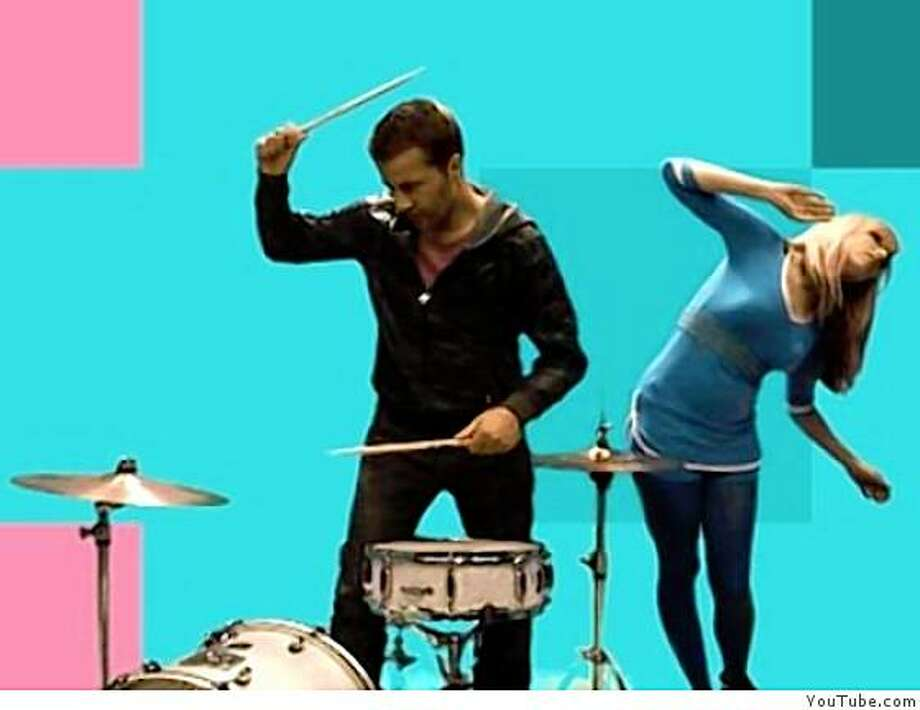 "The Ting Tings in the video for ""Great DJ."" Photo: YouTube.com"