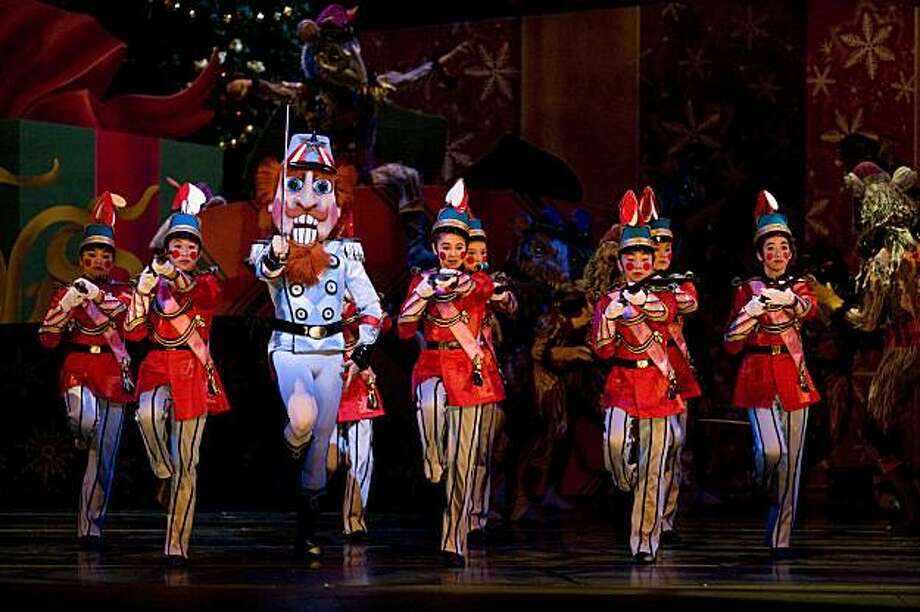 San Francisco Ballet in Tomasson's Nutcracker   (c:  Erik Tomasson) Photo: Copyright Erik Tomasson