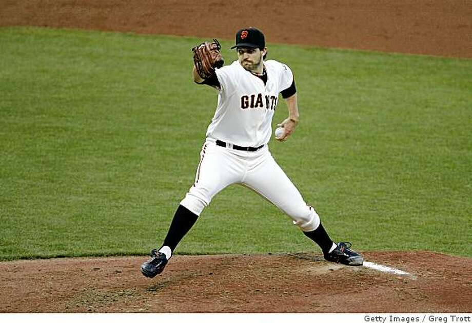 SAN FRANCISCO - JUNE 03:  Barry Zito #75 of the San Francisco Giants pitches against the New York Mets on June 3, 2008 at AT&T Park in San Francisco, California.  (Photo by Greg Trott/Getty Images) Photo: Greg Trott, Getty Images