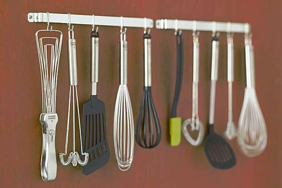 Kitchen tool rack from Kuhn Rikon at the Bel Marin Keys sale. Photo: Kuhn Rikon