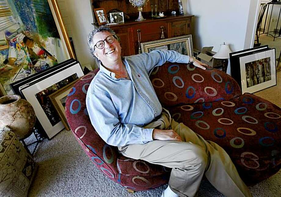 """Rabbi Levy inside his Tiburon apartment which is crowded with artwork. Jerry Levy has been a rabbi since 1971. Now he has gone freelance and calls himself a """"gypsy rabbi."""" Photo: Brant Ward, The Chronicle"""