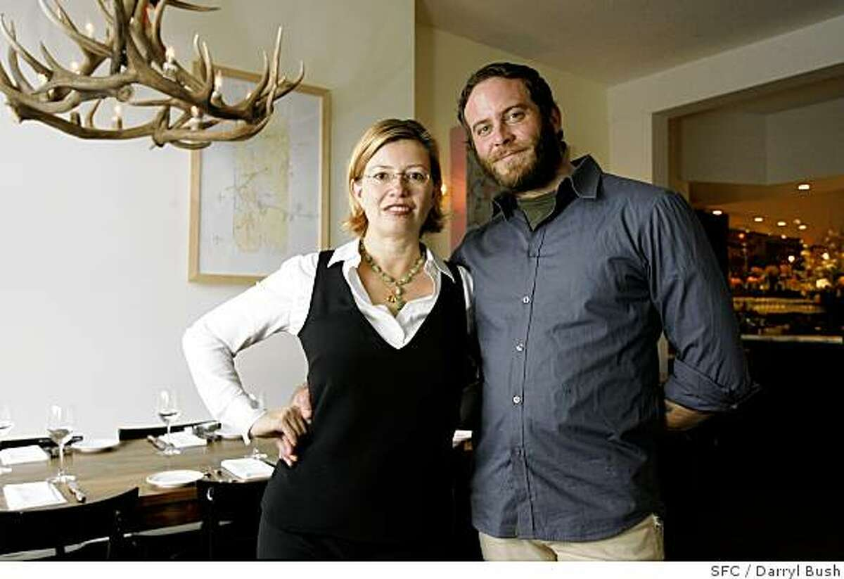 Owners Elisabeth Prueitt and Chad Robertson in their new restaurant, Bar Tartine. Event on 1/18/06 in San Francisco. Darryl Bush / The Chronicle