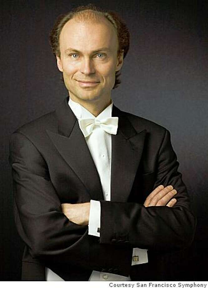 Conductor Ragnar Bohlin Photo: Courtesy San Francisco Symphony