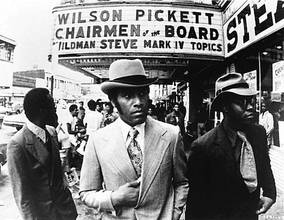 "Fred Williamson, center, in Larry Cohen's ""Black Caesar"" Photo: Wrongsideofteart.com"