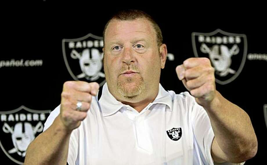 Oakland Raiders head coach Tom Cable gestures during a news conference at Raiders NFL football headquarters in Alameda, Calif., Monday, Oct. 19, 2009. (AP Photo/Paul Sakuma) Photo: Paul Sakuma, AP