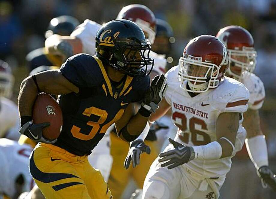 BERKELEY, CA - OCTOBER 24: Shane Vereen #34 of the California Golden Bears runs with the ball against the Washington State Cougars at California Memorial Stadium on October 24, 2009 in Berkeley, California.  (Photo by Jed Jacobsohn/Getty Images) Photo: Jed Jacobsohn, Getty Images