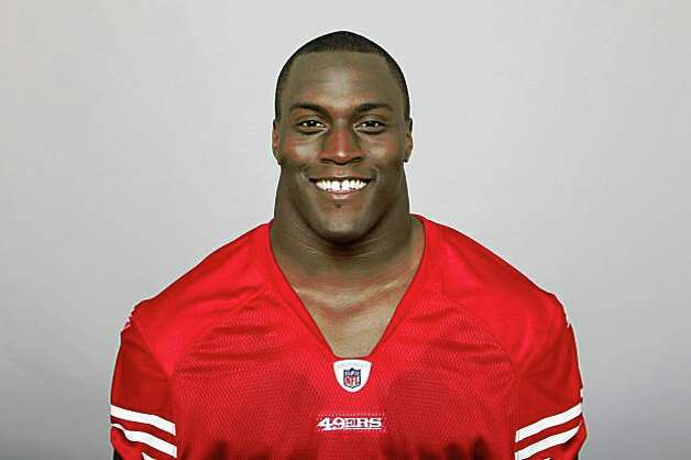 SAN FRANCISCO - 2009:  Takeo Spikes of the San Francisco 49ers poses for his 2009 NFL headshot at photo day in San Francisco, California.  (Photo by NFL Photos) Photo: Courtesy, NFL Photos