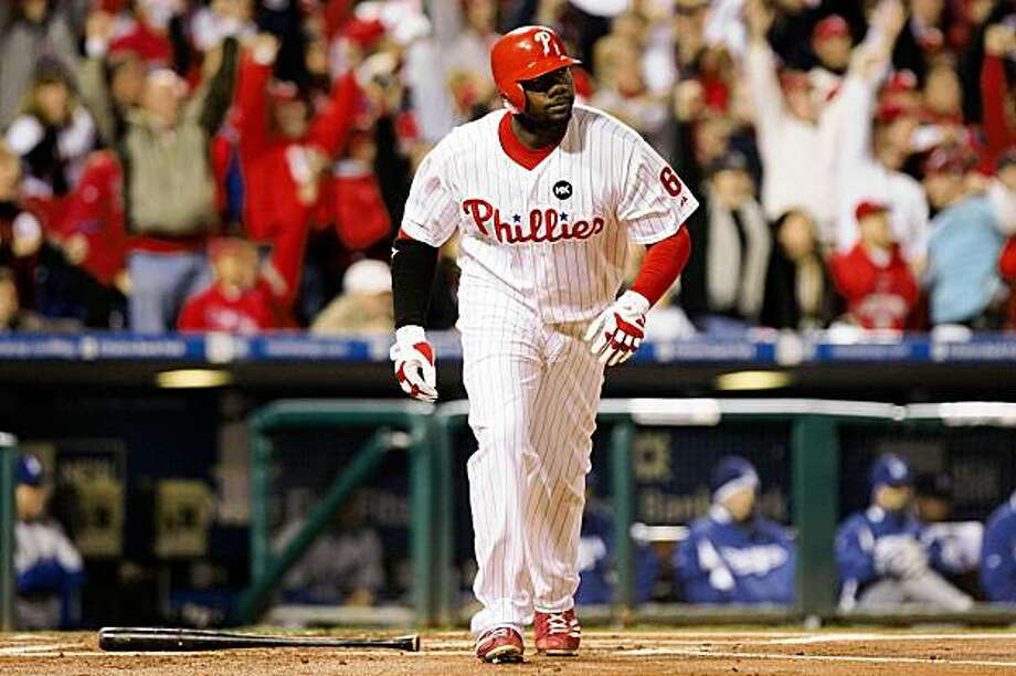 PHILADELPHIA - OCTOBER 19:  Ryan Howard #6 of the Philadelphia Phillies runs out of the batters' box on his 2-run home run in the bottom of the first inning against the Los Angeles Dodgers in Game Four of the NLCS during the 2009 MLB Playoffs at Citizens Bank Park on October 19, 2009 in Philadelphia, Pennsylvania.  (Photo by Nick Laham/Getty Images) Photo: Nick Laham, Getty Images