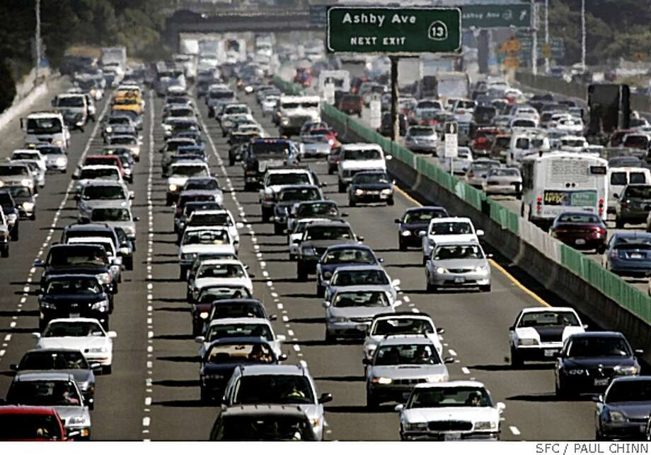 "Despite the promise of free rides on mass transit systems on a declared ""Spare the Air"" day, traffic clogged both directions of Interstate 80 during the afternoon commute in Berkeley, Calif. on Thursday, June 22, 2006.PAUL CHINN/The Chronicle Photo: PAUL CHINN, SFC"