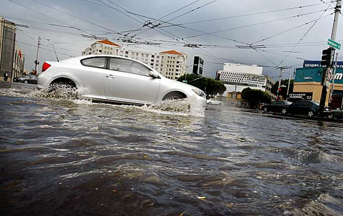 Strong downpours in San Francisco on Monday afternoon flooded many major intersections, including Van Ness Avenue and Mission Street. The water also affected the Muni Metro system.