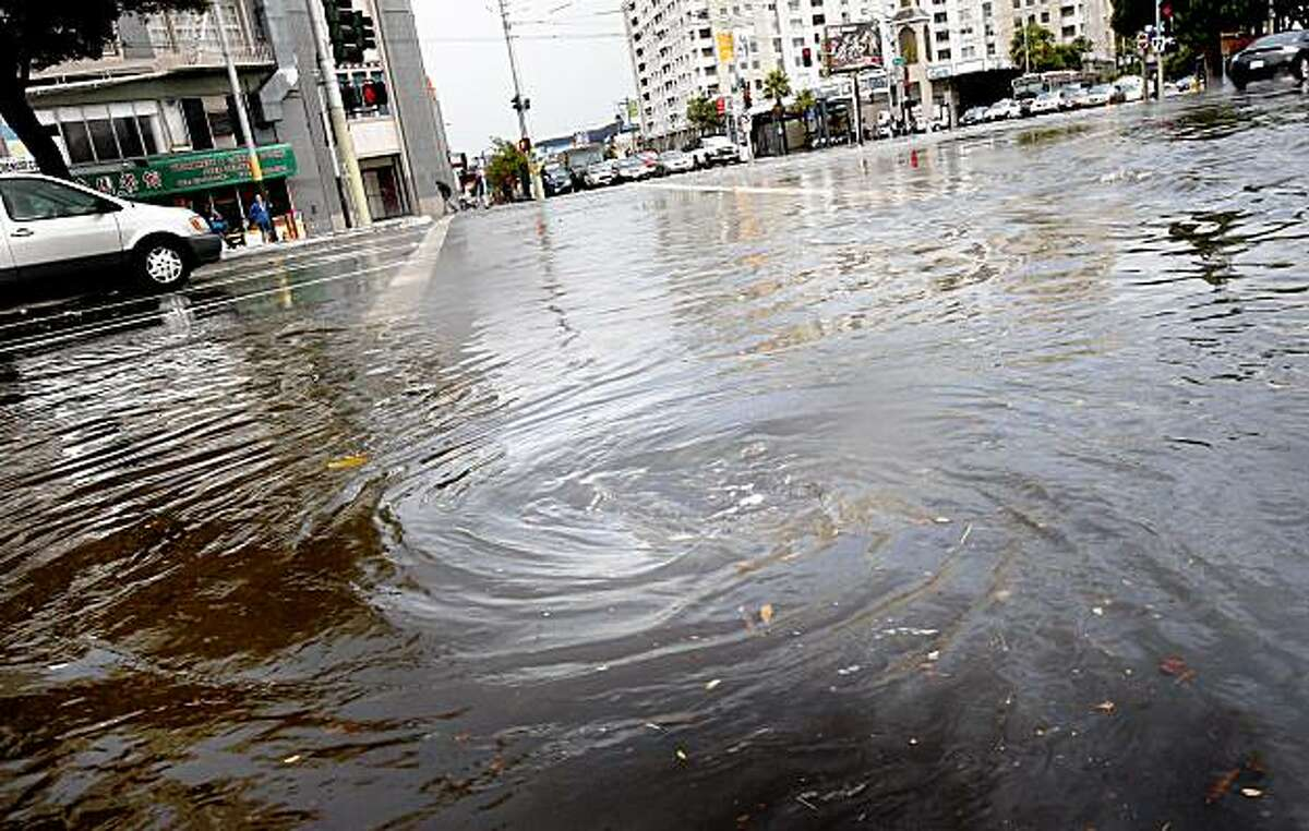 Water runoff was so strong that the street drains backed up. Strong downpours in San Francisco on Monday afternoon flooded many major intersections including Van Ness Avenue and Mission Street. The water also affected the Muni Metro service.