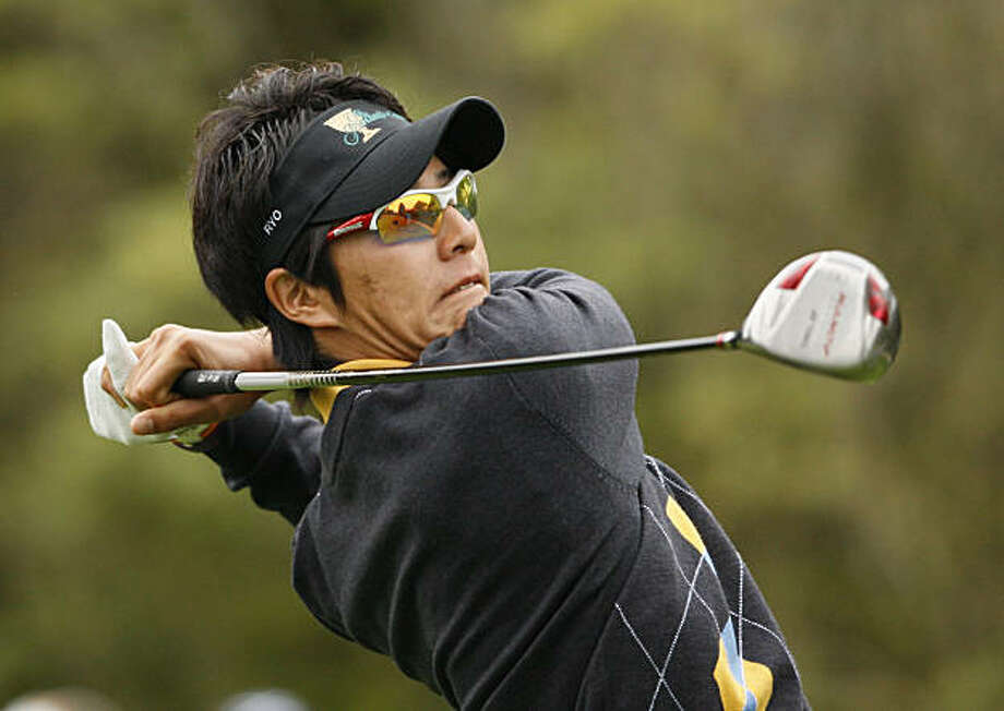 International Presidents Cup team player Ryo Ishikawa, from Japan, drives at the third hole of his singles match against United States team player Kenny Perry at the Presidents Cup at Harding Park Golf Course, Sunday, Oct. 11, 2009, in San Francisco.  (AP Photo/Eric Risberg) Photo: Eric Risberg, AP