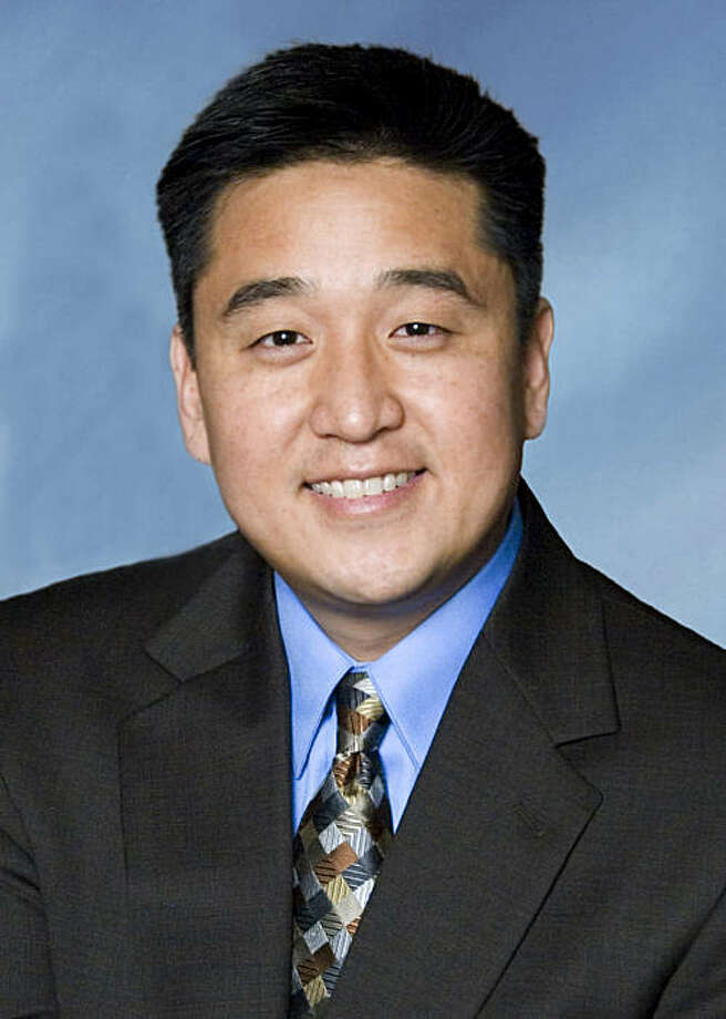 SAN FRANCISCO, (Oct. 6, 2009) -- Davis C. Bae, a well known workplace immigration lawyer among San Francisco-based companies, has joined the law firm of Jackson Lewis LLP in Seattle to help expand its national immigration practice within the Pacific Northwest. Mr. Bae and his team will support corporate clients in their immigration issues with a focus on Photo: Handout