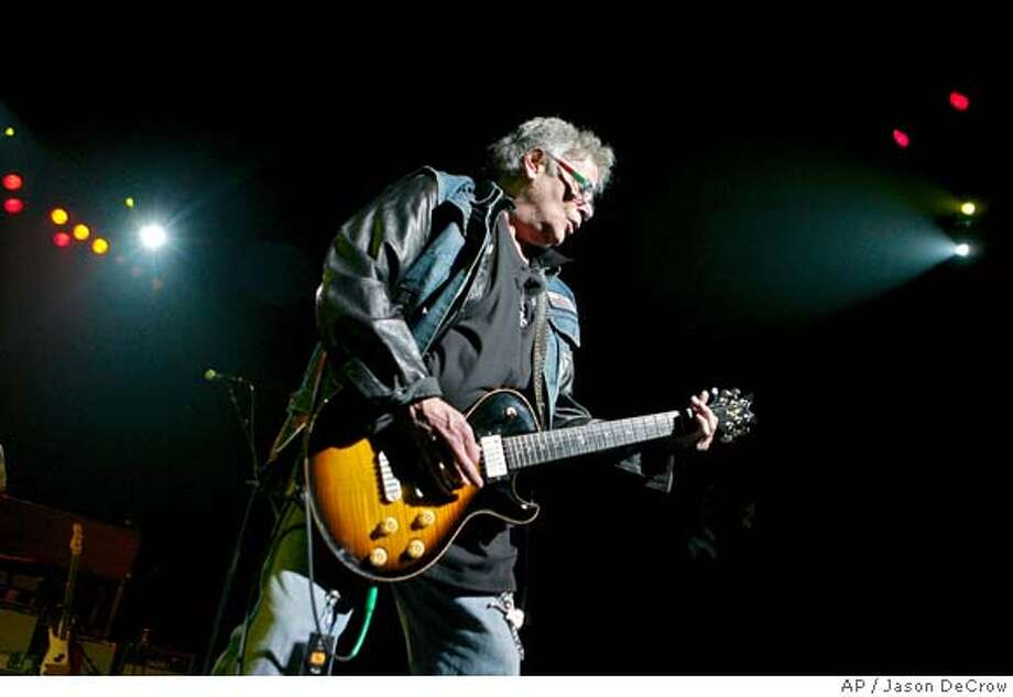 Leslie West, of Mountain, performs at the seventh annual Jammy awards at the Theater at Madison Square Garden Wednesday, May 7, 2008 in New York. (AP Photo/Jason DeCrow) Photo: Jason DeCrow