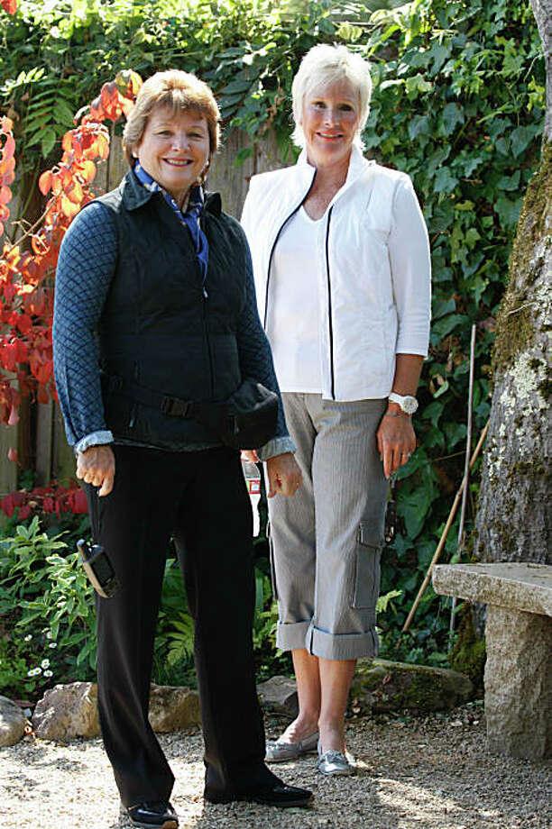 Carolyn Hansen (right) and Cathleen Peck (left) in Belvedere, Calif. on Tuesday, September 1, 2009. Photo: Liz Hafalia, The Chronicle / SFC