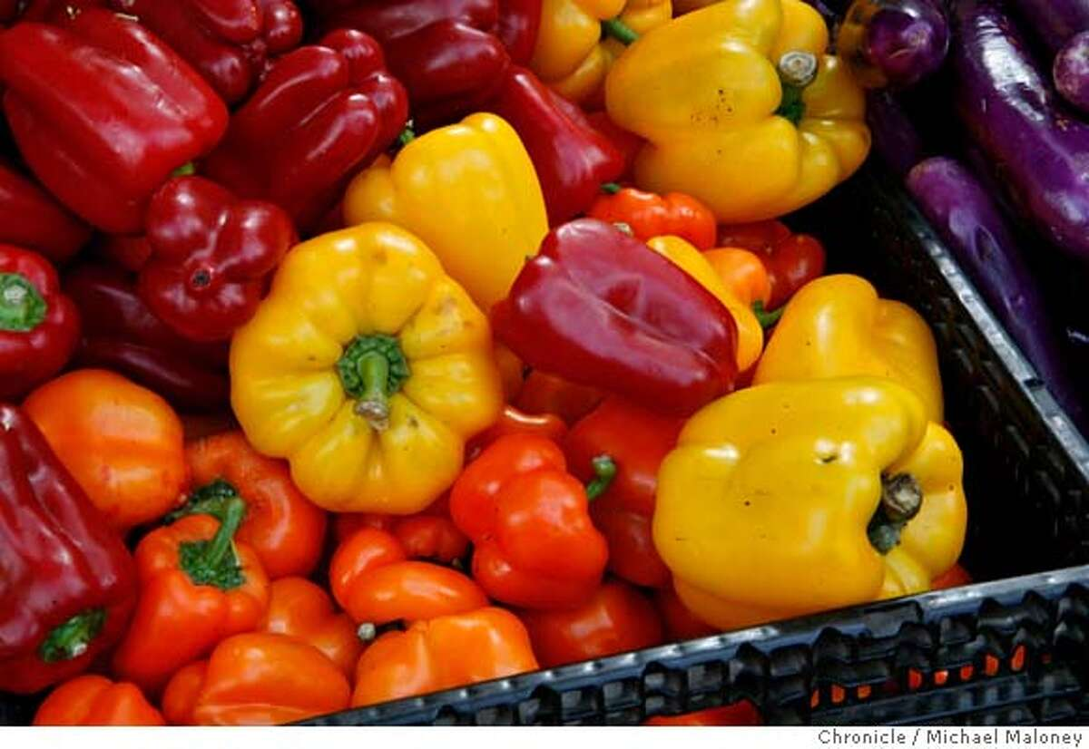 ###Live Caption:Fresh fruits and vegetables at a good price are what makes the Heart of the City Farmer's Market at the UN PLaza near the San Francisco, Calif., city hall a popular place. Peppers photographed on May 4, 2008. Photo by Michael Maloney / San Francisco Chronicle###Caption History:Fresh fruits and vegetables at a good price are what makes the Heart of the City Farmer's Market at the UN PLaza near the San Francisco, Calif., city hall a popular place. Peppers photographed on May 4, 2008. Photo by Michael Maloney / San Francisco Chronicle###Notes:###Special Instructions:MANDATORY CREDIT FOR PHOTOG AND SAN FRANCISCO CHRONICLE/NO SALES-MAGS OUT