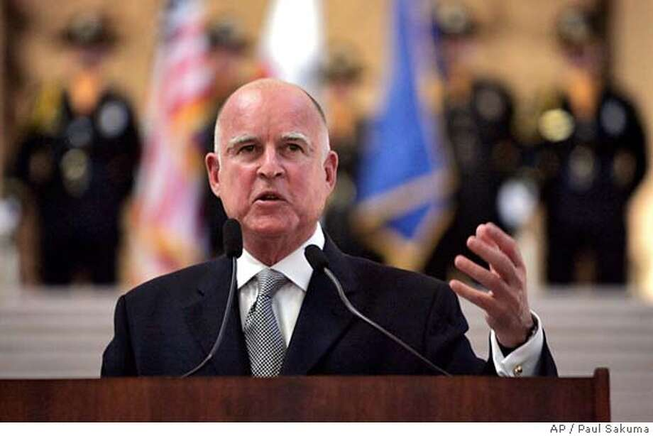 ###Live Caption:c###Caption History:New state attorney general Jerry Brown gestures during a speech after he took the oath of office during a public ceremony in San Francisco, Monday, Jan. 8, 2007. (AP Photo/Paul Sakuma)  Ran on: 01-09-2007 Ran on: 01-09-2007 Also Ran on: 07-20-2007  Jerry Brown, state attorney general, says rulings show California's sentencing law needs reform.  Ran on: 07-20-2007###Notes:###Special Instructions: Photo: PAUL SAKUMA
