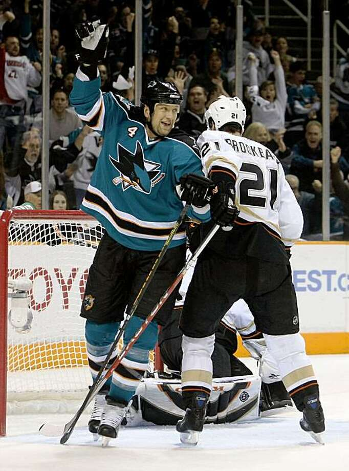 SAN JOSE, CA - APRIL 25: Rob Blake #4 of the San Jose Sharks celebrates Devin Satoguchi's second period goal in front of Seldon Brookbank #21 of the Anaheim Ducks during Game Five of the Western Conference Quarterfinal Round of the 2009 NHL Stanley Cup Playoffs at HP Pavilion on April 25, 2009 in San Jose, California. (Photo by Stephen Dunn/Getty Images) Photo: Stephen Dunn, Getty Images