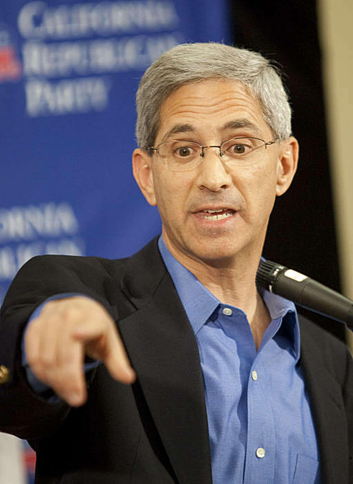 State Insurance Commissioner Steve Poizner speaks during a news conference at the California Republican Convention in Indian Wells, Calif., on Saturday, Sept. 26, 2009. Poizner is seeking the Republican nomination for Governor of California.(AP Photo/Francis Specker)