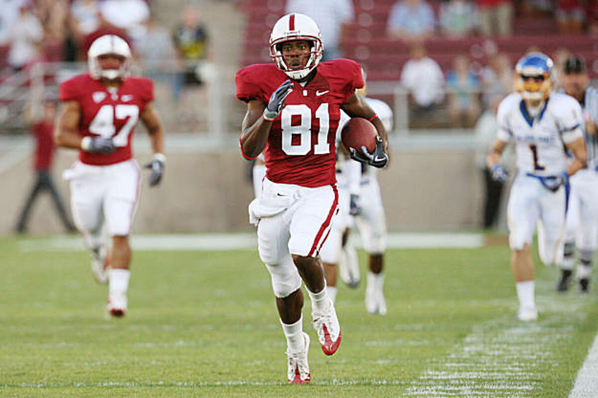 STANFORD, CA - SEPTEMBER 19: Chris Owusu of the Stanford Cardinal returns a kick for a touchdown during Stanford's 42-17 win over the San Jose State Spartans at Stanford Stadium on September 19, 2009 in Stanford, California.
