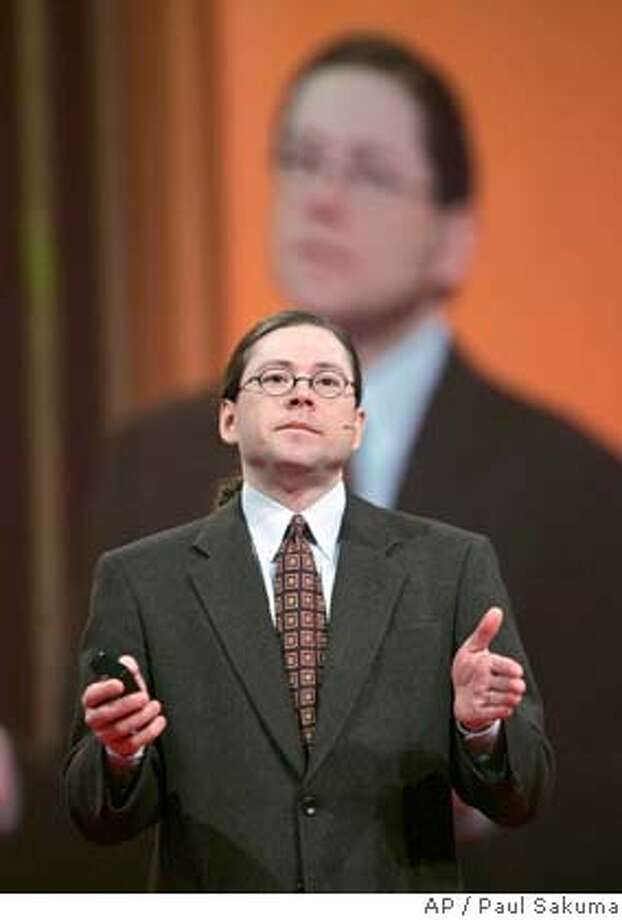 **FILE**In this Oct. 25, 2006 file photo of Sun Microsystems CEO Jonathan Schwartz giving a keynote address at Oracle Open World conference in San Francisco, Wednesday, Oct. 25, 2006. Sun Microsystems Inc. swung to a loss in the fiscal third quarter, stunning investors who were expecting a healthy profit from the server and software maker despite a weakening U.S. economy.(AP Photo/Paul Sakuma, file) Photo: PAUL SAKUMA