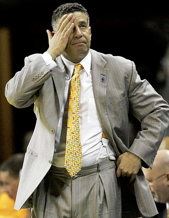 FILE - In this March 27, 2008, Tennessee head coach Bruce Pearl reacts during the second half of an NCAA East Regional basketball semifinal against Louisville in Charlotte, N.C.  Pearl apologized on Friday, Sept. 25, 2009, for a joking remark that linked the rural home of one his players to the Ku Klux Klan. (AP Photo/Gerry Broome, File) Photo: Gerry Broome, AP