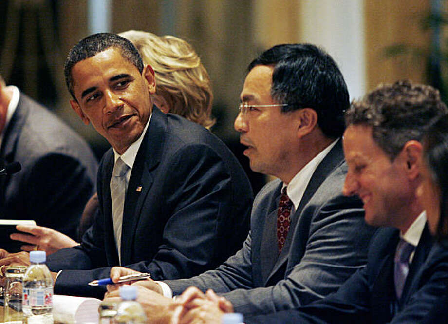 NEW YORK - SEPTEMBER 22:  (AFP OUT) U.S. President Barack Obama (L) listens to President Hu Jintao of China speak at a bilateral meeting at the Waldorf Astoria Hotel  on September 22, 2009 in New York City. The two leaders were meeting on the sidelines of the UN climate change summit and the 64th session of the United Nations General Assembly.  (Photo by John Angelillo-Pool/Getty Images) Photo: Pool, Getty Images