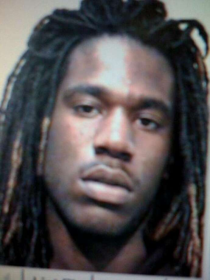 Antoine Harris, 20, suspected of shooting and injuring a 21-year-old man at an Oakland supermarket, surrendered Saturday after eluding police during a 12-hour standoff. Photo: Oakland Police Department