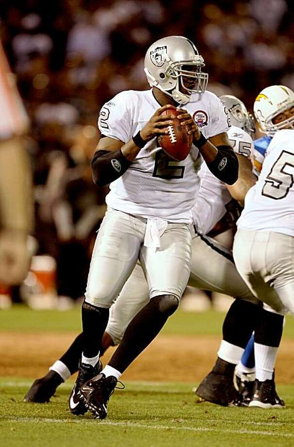 OAKLAND, CA - SEPTEMBER 14:  JaMarcus Russell #2 of the Oakland Raiders drops back to pass during their game against the San Diego Chargers on September 14, 2009 at the Oakland-Alameda County Coliseum in Oakland, California.  (Photo by Ezra Shaw/Getty Images) Photo: Ezra Shaw, Getty Images