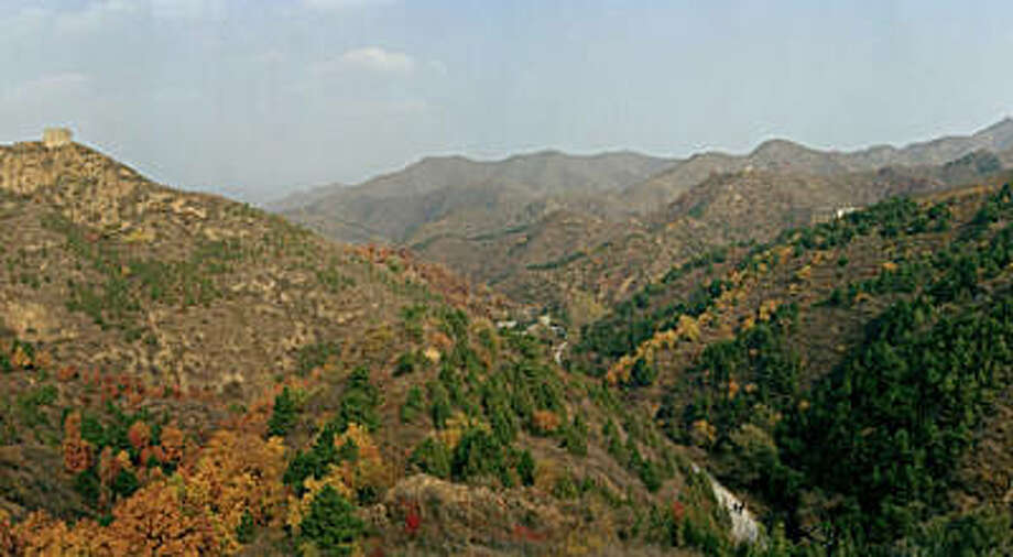 "Jonathan Ball's photo of Jinshanling, the view seen by Chinese soldiers on October 23, 1554 when they successfully held back thousands of raiding Mongols, appears in ""China's Great Wall: The Forgotten Story"" at 3a gallery. Photo: Jonathan Ball"