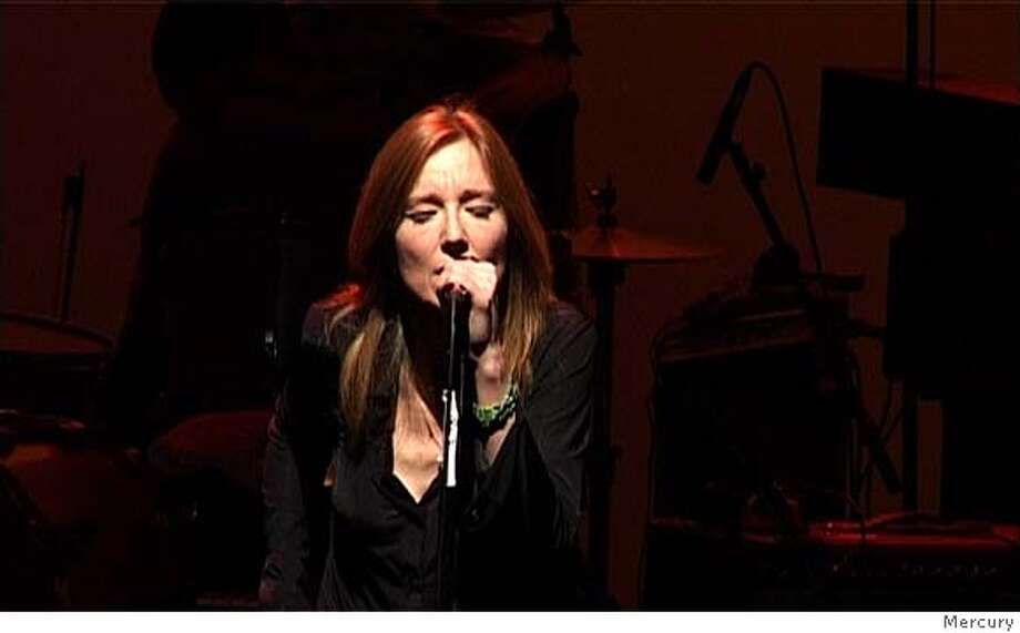 ###Live Caption:Bet Gibbons of Portishead###Caption History:GIBBONS27b_Olympia6.jpg for GIBBONS27; Beth Gibbons , PORTISHEAD / The Chronicle###Notes:11p x full###Special Instructions:CAT as cropped Photo: Xx