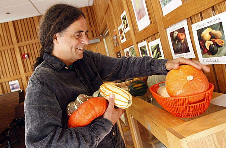 Michael Bauce teaches cooking/nutrition/gardening classes in Berkeley public schools, including Thousand Oaks Elementary using a federal grant to introduce school kids to whole grains, vegetables and fruit. He uses all organic, locally produced, season produce and grains from Berkeley farmers. Sept 15, 2009. Photo: Lance Iversen, The Chronicle