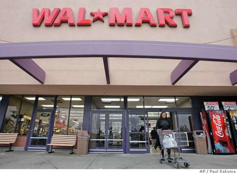 Wal-Mart Photo: Paul Sakuma