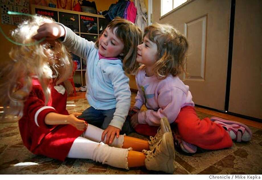 ###Live Caption:Jess Olmsted, 3, who started going to a Russian daycare in Belmont, Calf. when she just a few months old and who otherwise has no ties to the language, speaks fluent Russian with a her friend Sasha Molchanenko at daycare on Tuesday, April, 1, 2008 in Belmont, Calif.  Photo by Mike Kepka / San Francisco Chronicle###Caption History:Tess Olmsted, 3, who started going to a Russian daycare in Belmont, Calf. when she just a few months old and who otherwise has no ties to the language, speaks fluent Russian with a her friend Sasha Molchanenko at daycare on Tuesday, April, 1, 2008 in Belmont, Calif.  Photo by Mike Kepka / San Francisco Chronicle###Notes:(cq) Jess Olmsted Sasha Molchanenko###Special Instructions:MANDATORY CREDIT FOR PHOTOG AND SAN FRANCISCO CHRONICLE/NO SALES-MAGS OUT Photo: Kepka, Mike