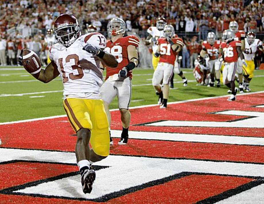 Southern California running back Stafon Johnson (13) runs into the end zone for the go-ahead touchdown against Ohio State during an NCAA college football game Saturday, Sept. 12, 2009, in Columbus, Ohio. (AP Photo/Amy Sancetta) Photo: Amy Sancetta, AP