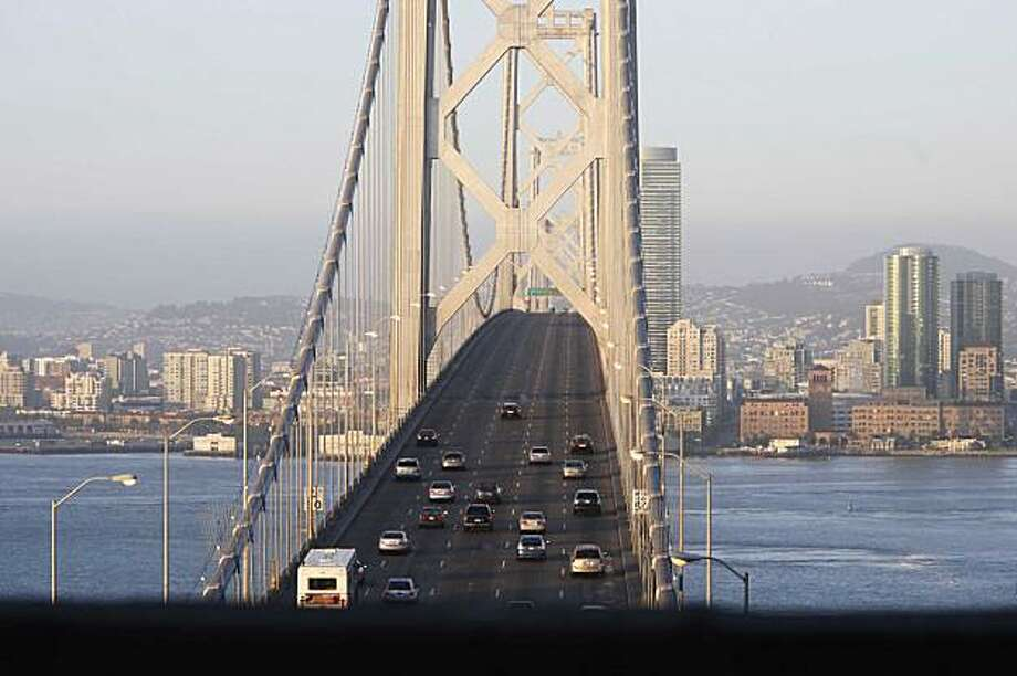 After the Bay Bridge was closed for seismic retrofitting for 4 days, morning commuters make their way over the bridge on their way into San Francisco Sep. 9, 2009 in San Francisco, Calif. Photo: Mike Kepka, The Chronicle