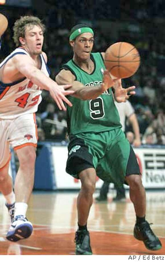 ###Live Caption:Boston Celtics' Rajon Rondo passes the ball defended by New York Knicks' David Lee (42) during the third quarter of their basketball game, Monday, April 14, 2008 at Madison Square Garden in New York. (AP Photo/Ed Betz)###Caption History:Boston Celtics' Rajon Rondo passes the ball defended by New York Knicks' David Lee (42) during the third quarter of their basketball game, Monday, April 14, 2008 at Madison Square Garden in New York. (AP Photo/Ed Betz)###Notes:Rajon Rondo, David Lee###Special Instructions:EFE OUT Photo: Ed Betz